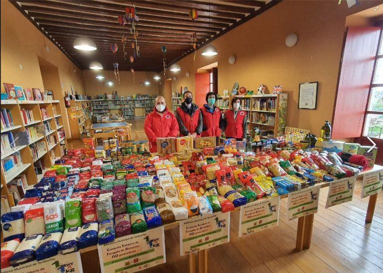 Tordesillas entrega a Cruz Roja 500 kilos de alimentos no perecederos