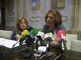 Raquel Alonso y Teresa López