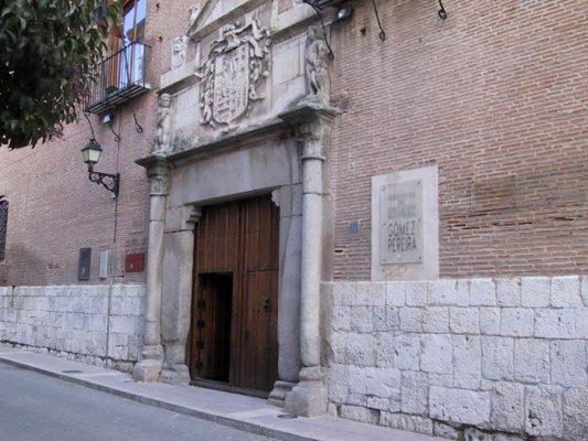 En cuarentena un aula del IES Gómez Pereira y el colegio San José, de Medina del Campo y dos nuevas del CEIP de Olmedo