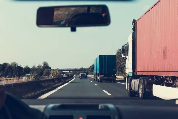 Fomento y Educación analizan la problemática de la falta de conductores profesionales