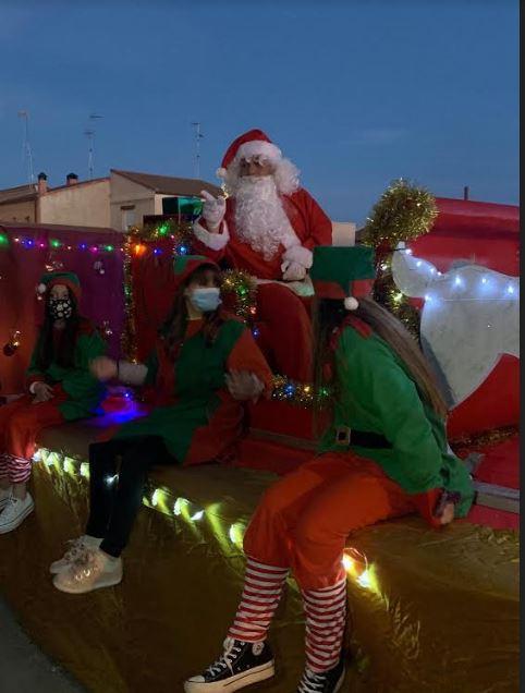 Pap? Noel recorri? las calles de Villaverde de Medina