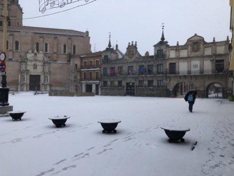 Medina del Campo: El temporal «Filomena» muestra la cara más amable de la ciudadan
