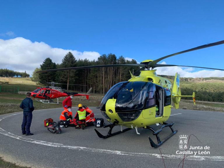 Rescatado un montañero de 51 años tras sufrir una caída en Las Cinco Lagunas
