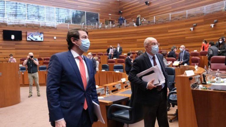 Castilla y León: El Pleno de las Cortes no aprueba la moción de censura