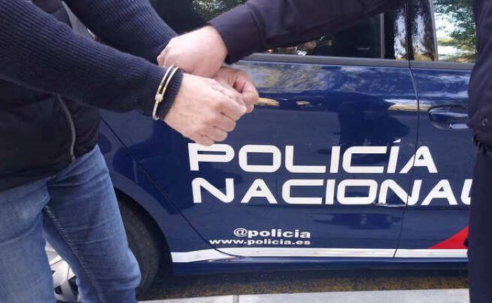 Detenidas dos mujeres como presuntas autoras de lesiones mutuas con un cuchillo de cocina y un destornillador