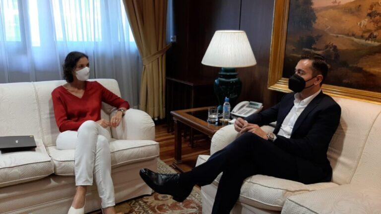 Patatas Meléndez presenta a la Ministra de Industria su proyecto de Digitalización